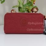 Kipling Uzaio Red Rust เป็นกระเป๋าสตางค์ใบยาวแบบ 2 ซิปรอบ ขนาด 10 L x 18.5 H x 3.5 W cm