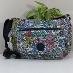 Kipling Syro Little Flower กระเป๋าสะพายข้าง ทรงสวย เหมาะกับสาวหวานๆ ขนาด L12.25 x H 8.75 x D 5 นิ้ว สำเนา
