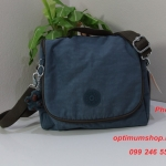 Kipling New Kichirou Blue Jean C Lunchbag With Trolley Sleeve กระเป๋าใส่อาหาร หรือใช้เป็นกระเป๋าสะพายก็ได้ ขนาด 23 L x 20.5 H x 12.5 W cm
