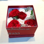 Red Roses Box by Floraison