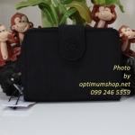Kipling New Money Black เป็นกระเป๋าสตางค์ ขนาดกระชับมือ ขนาด 4 x 5.25 x 1 นิ้ว